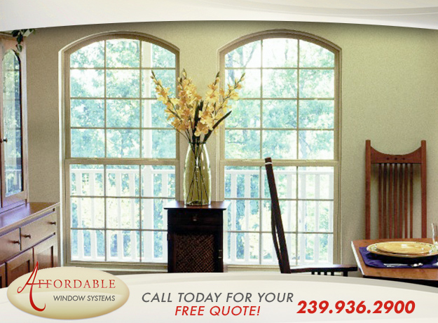 Replacement Single Hung Windows in and near Naples Florida